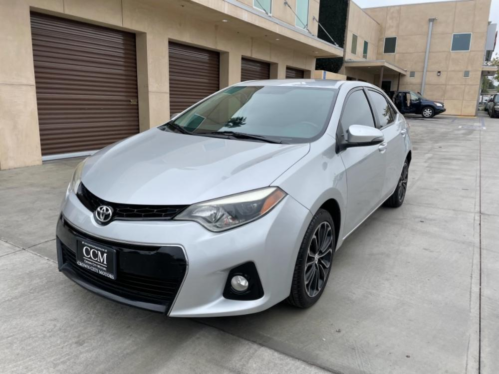 2015 Silver Toyota Corolla L 4-Speed AT (5YFBURHE5FP) with an 1.8L L4 DOHC 16V engine, 4-Speed Automatic transmission, located at 30 S. Berkeley Avenue, Pasadena, CA, 91107, (626) 248-7567, 34.145447, -118.109398 - Photo #0